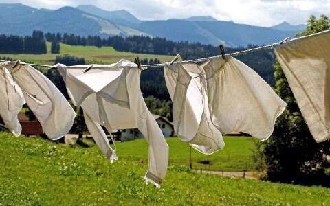 荷物がかさばる旅行時の洋服を簡単に洗濯する方法はコレだ