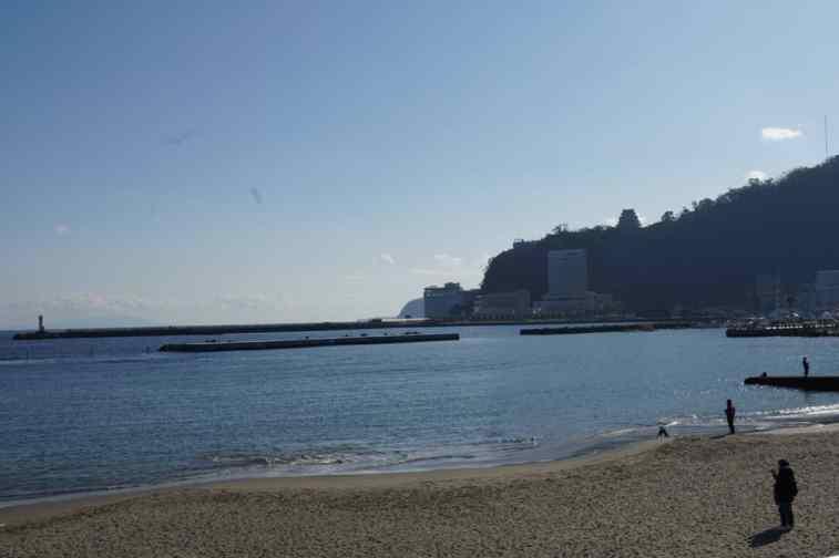 熱海サンビーチから熱海城
