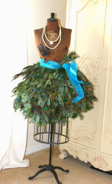 Christmas dress form, french style, christmas home tour