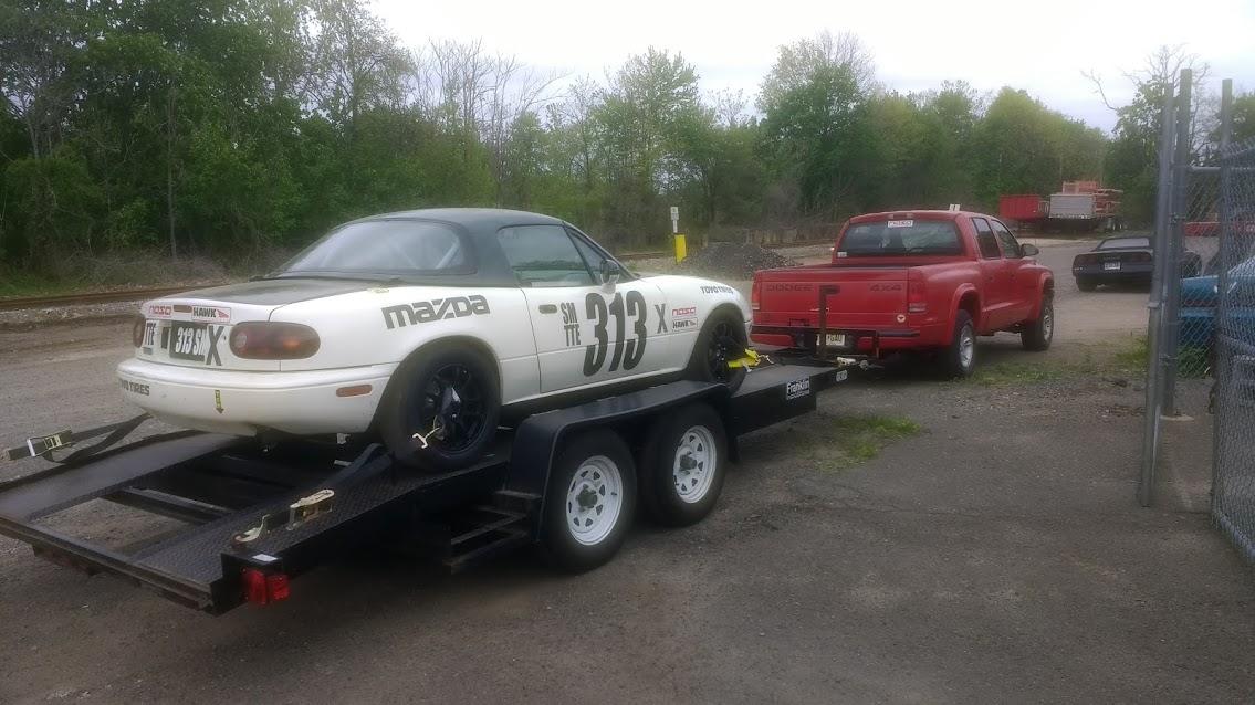 dodge dakota towing spec miata racecar on trailer