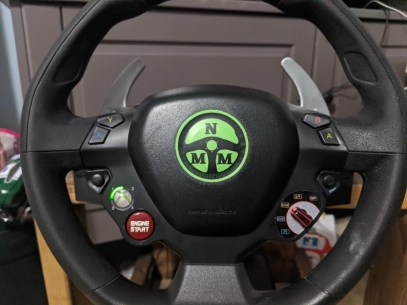 racing-wheel-thrustmaster-ferrari-xbox