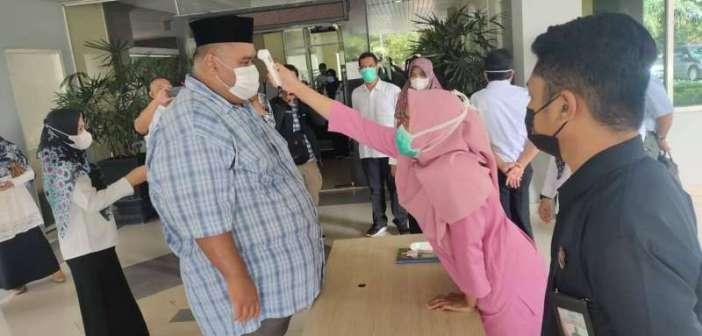Vaksinasi COVID-19 Gelombang I, Bupati dan Ketua DPRD Kukar Tak Ikut di Vaksin