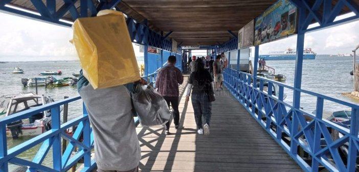 Pelabuhan PPU Tetap Ramai, Warga Masih Nekat Nyebrang
