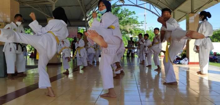 80 Karateka Inkado Balikpapan Ikuti UKT