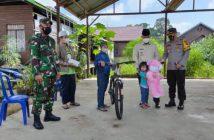 Jokowi beri bantuan