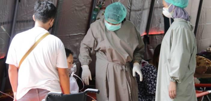 Tenda Darurat RSUD AM Parikesit Kukar Dipenuhi Pasien COVID-19