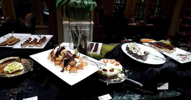 Fleuri Restaurant The Sutton Place Hotels Vancouver (Downtown)
