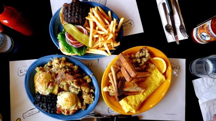 Sophies Cosmic Cafe Brunch Breakfast Vancouver DIner