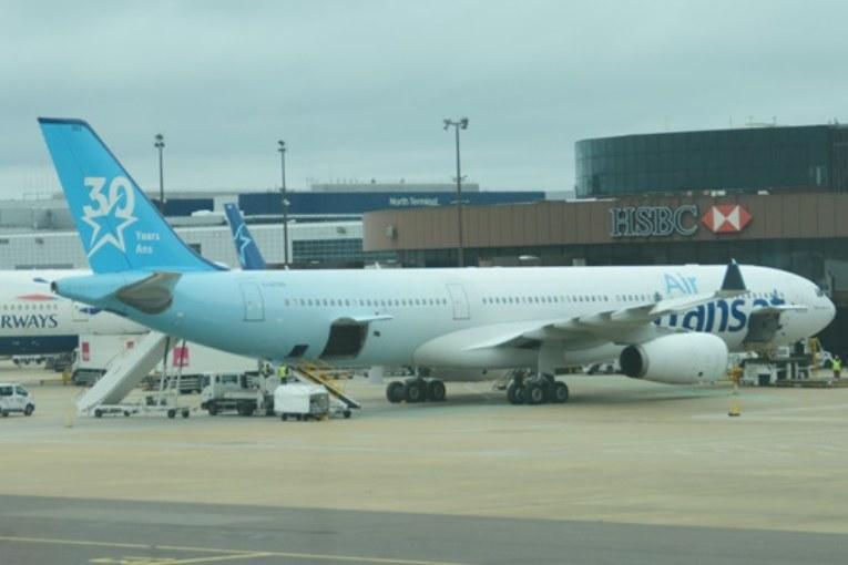 Como é Voar na Air Transat, Cia Aérea Canadense