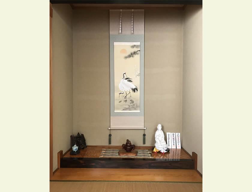 tokonoma washitsu alcove tsurukame turtle cranes hanging scroll kakejiku