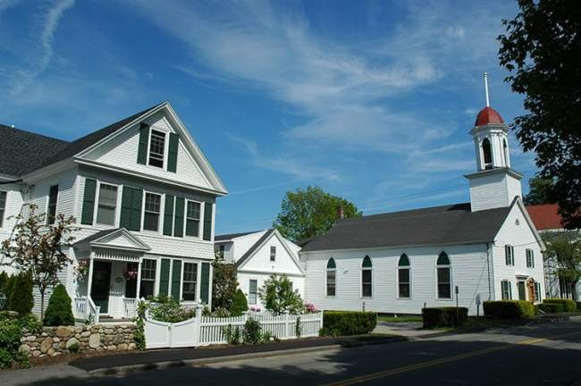 Kennebunkport resort local attraction historic churches