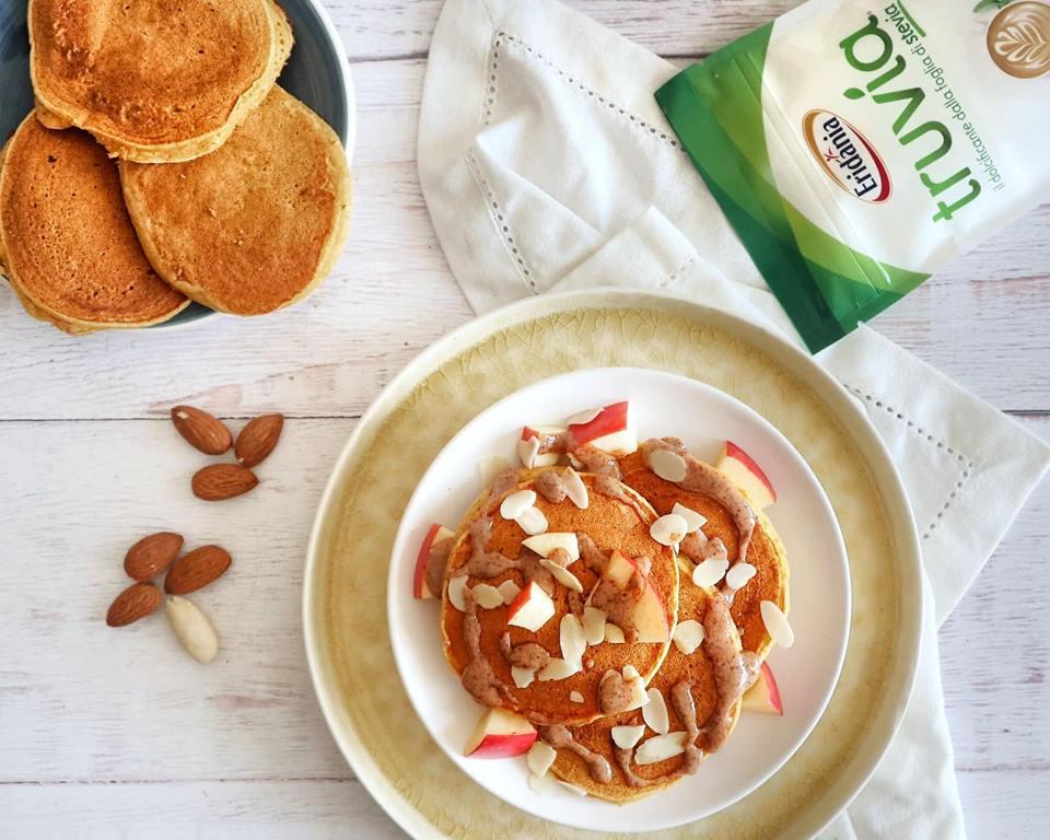 Ricette Dolci: Pancakes alla zucca, Truvia e crema di mandorle - Non Chiamatela Dieta