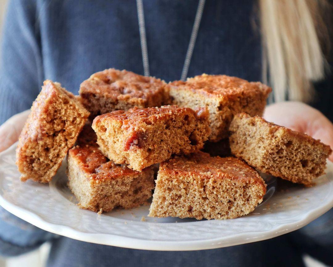 Torta soffice alla crema di mandorle - Non Chiamatela Dieta