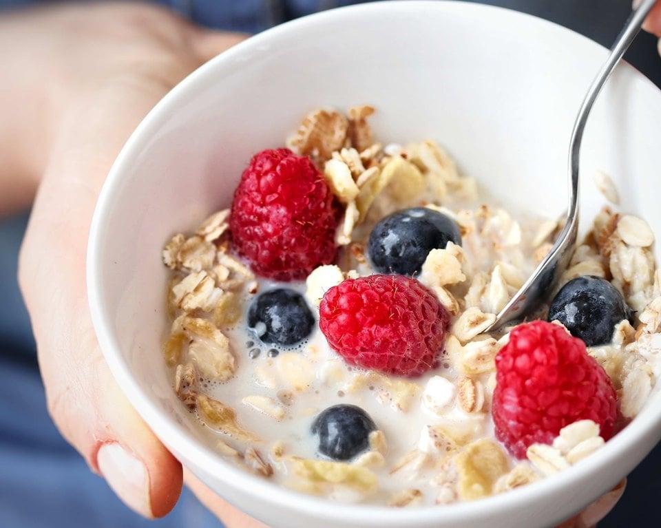 Latte: tra mito e realtà - Caratteristiche Nutrizionali - Non Chiamatela Dieta