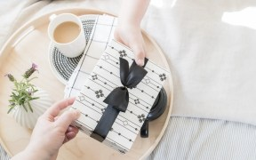 Amazing Anthropologie gifts for literally every person in your life under $25