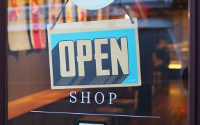 Why Brick-And-Mortar Stores Need To Focus On Convenience