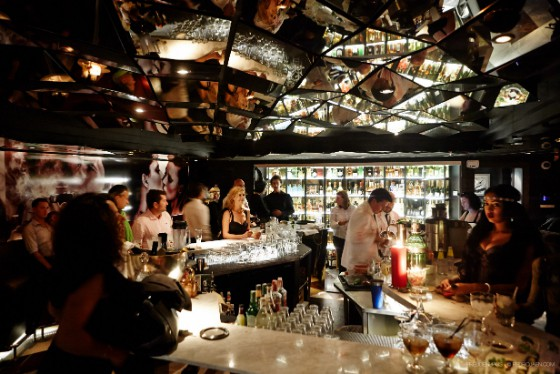 Cocktail Bar Marekting