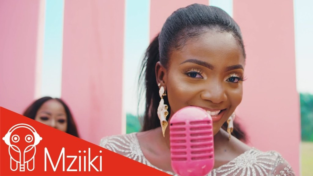 Download Video: Simi – Ayo