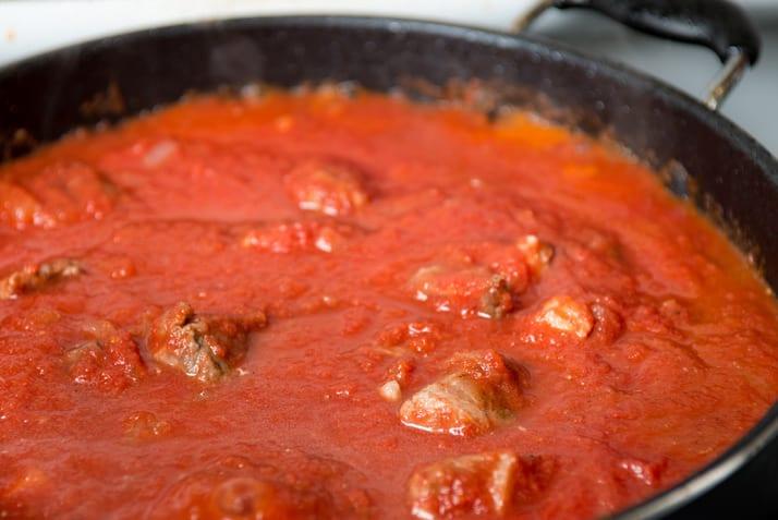 simmering Italian tomato sauce