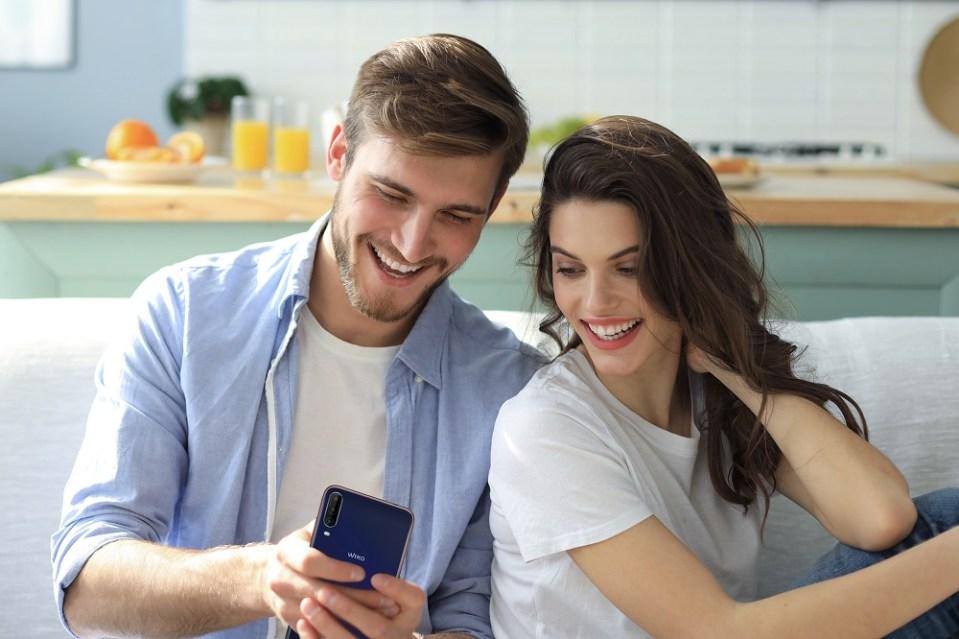 L'Amore ai tempi dello smartphone e delle distanze