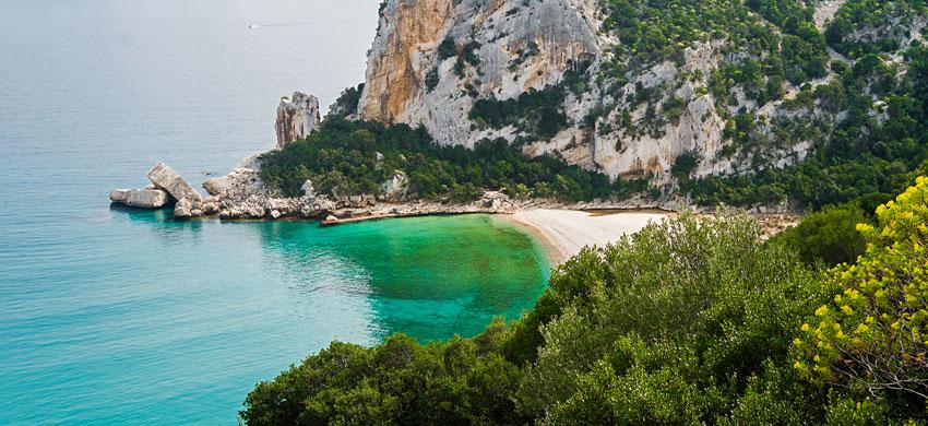 Sardegna, niente campo boa a Cala Luna