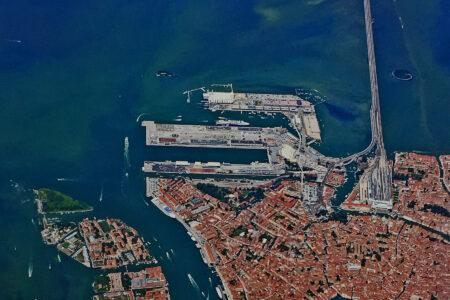 """Federagenti: """"Anche Venezia nella lista dei porti sotto scacco"""""""
