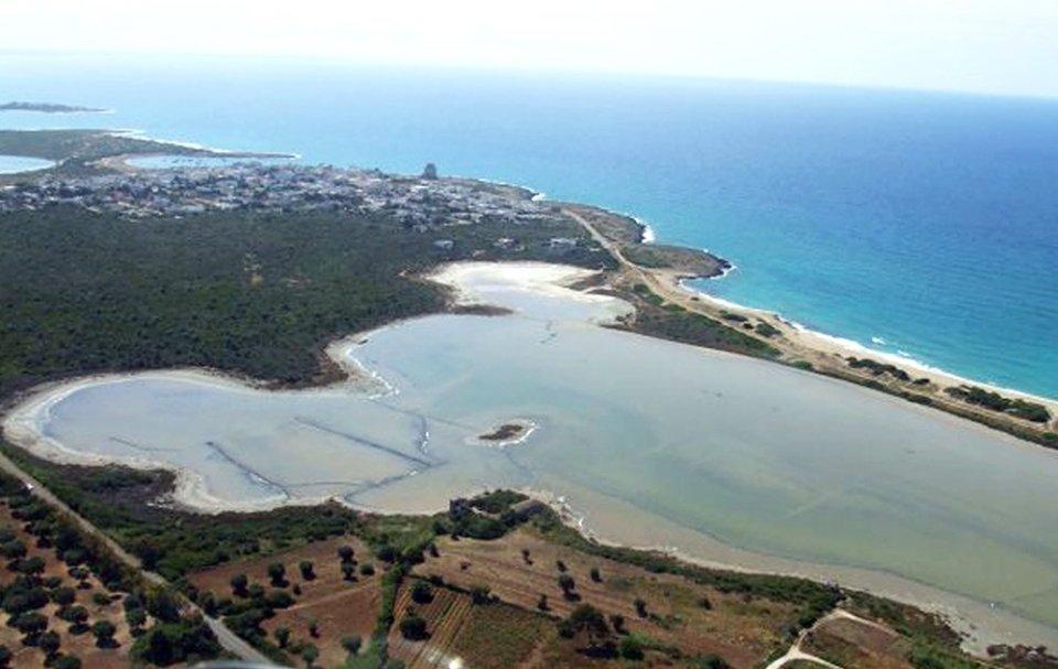 Ambiente: Romina Power in prima linea contro gli scarichi a mare in Puglia