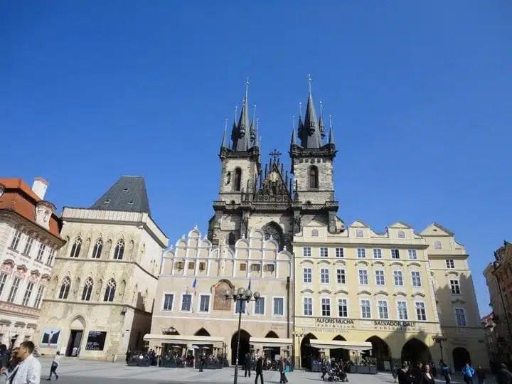 Piazza della Città Vecchia (Praga)