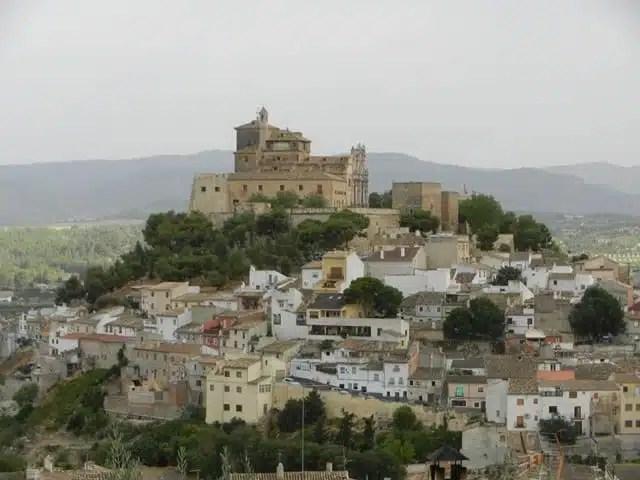 Santuario_de_la_Santisima_y_Vera_Cruz [640x480]