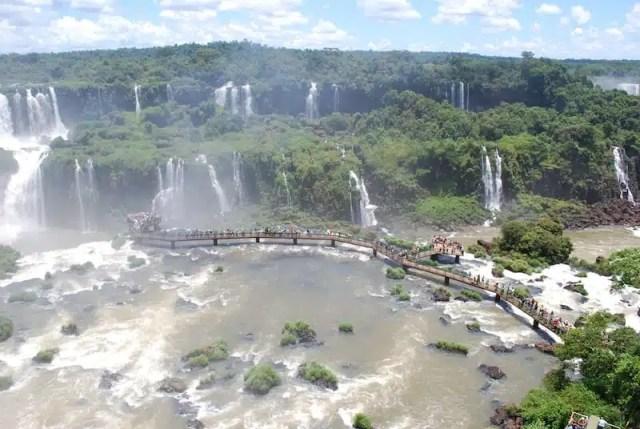 Le cascate di Iguazù, presso Puerto Iguazù, numero 10 della lista Lonely Planet