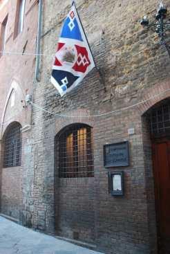La sede della Contrada dell'Istrice.