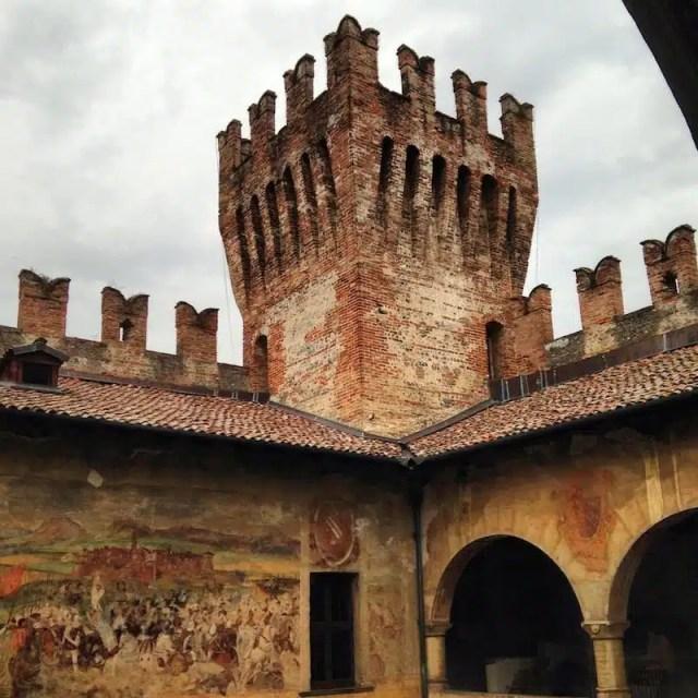 La torre del Castello di Malpaga