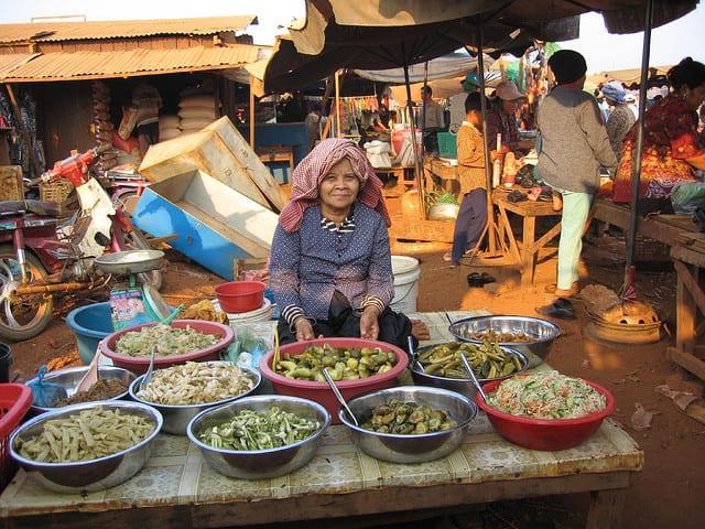 Il mercato di Ban Lung (foto di Debi Magonet)
