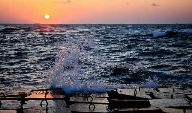 Tramonto sulla costa in Alessandria (foto di Cliff Hellis)
