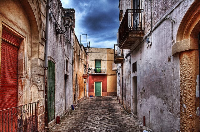 Soleto (LE) sulla via del vecchio ospedale (foto di Paolo Margari)