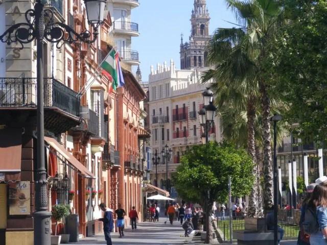 Per le vie del centro di Siviglia