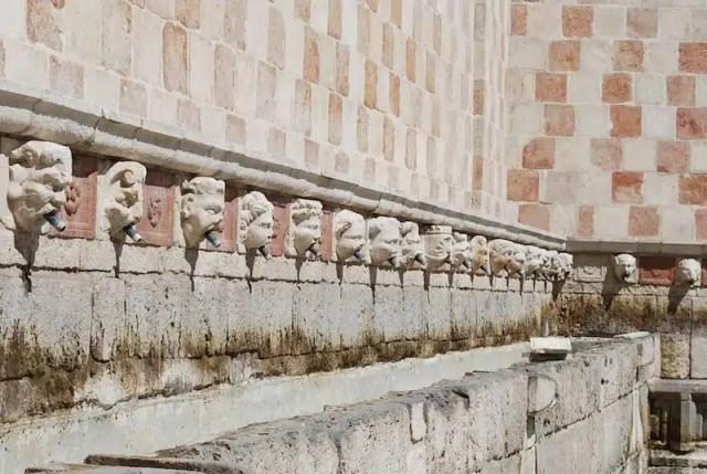 Fontana delle 99 cannelle - L'Aquila, Abruzzo
