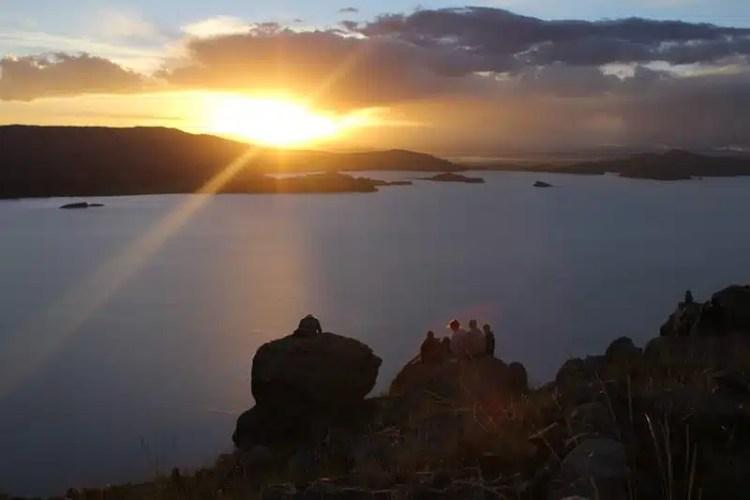 Il Lago Titicaca al tramonto