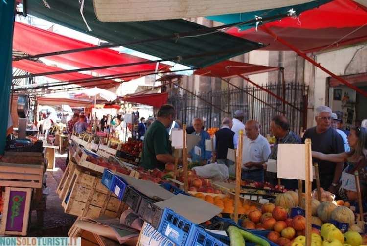 Il mercato del quartiere Capo - Palermo, Sicilia