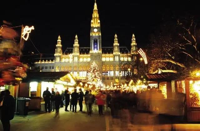 Il mercatino del Rathausplatz - Vienna, Austria