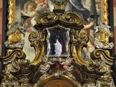 Madonnina - Santuario di Pietralba