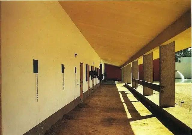 Cuadra San Cristobal_wikiarquitectura