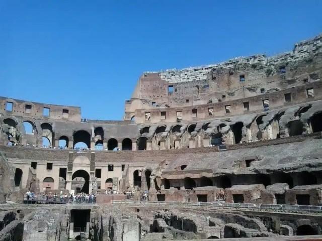 Colosseo - Roma, Italia