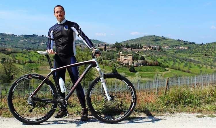 Andrea Tozzi in viaggio con Peugeot