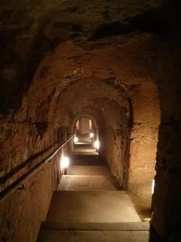 Le grotte di Camerano, Marche, Italia
