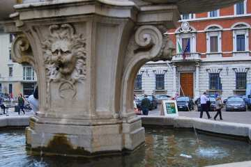 Piazza Paolo VI - Brescia, Italia