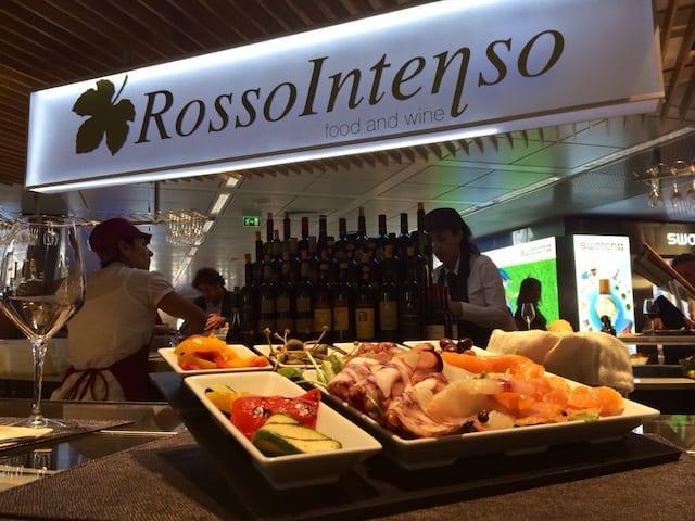 RossoIntenso - Aeroporto Roma Fiumicino, Italia