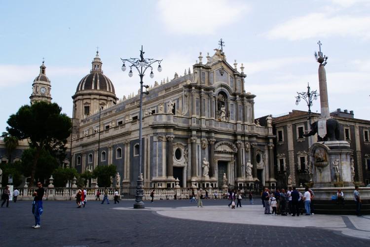Volare-verso-la-Sicilia-Catania