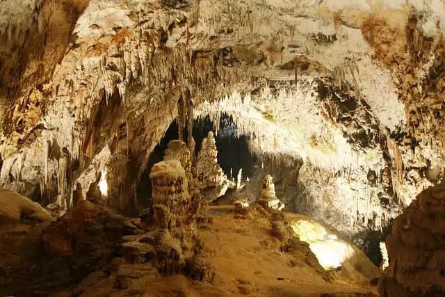 Grotte Postunia, Slovenia (Foto em_j_bishop)