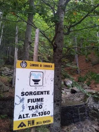 Sorgente fiume Taro - Parco dell'Aveto, Liguria